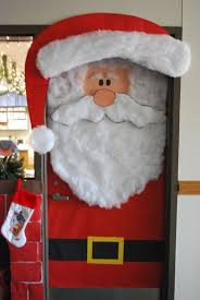 Christmas Office Door Decorations Best 25 Christmas Door Decorating Contest Ideas On Pinterest