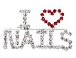 amazon com i love nails word heart manicurist brooch pin nail