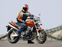 honda hornet 900 hornet 900 roadsters galeries photos motoplanete