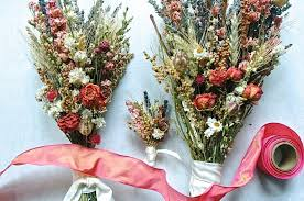Groom S Boutonniere Custom Brides And Bridesmaid Bouquets And Groom U0027s Boutonniere Of