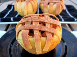 thanksgiving baked apple pie apples