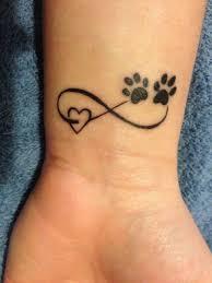 die besten 25 windhund tattoo ideen auf pinterest greyhound