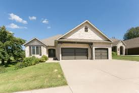 1303 eaglegate parkway springfield mo clay u0026 clay real estate