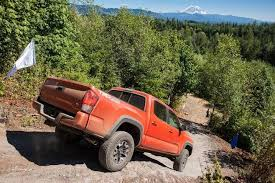 toyota tacoma 2016 models 2016 toyota tacoma sr access cab review ratings edmunds