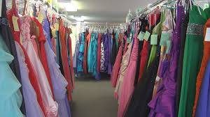 rent bridesmaid dresses dinahs boutique offers reasonable prices and rental prom dress