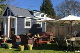 west seattle tiny house on wheels wants 39 500 curbed seattle