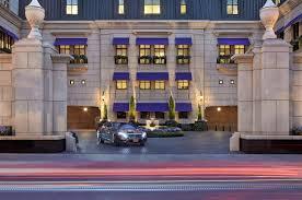 chicago luxury hotels downtown waldorf astoria chicago