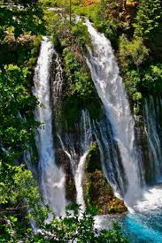 famous waterfalls 149 best about waterfalls images on pinterest earth environment