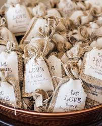 burlap party favor bags 9 wedding details for coffee addicts coffee coffee wedding