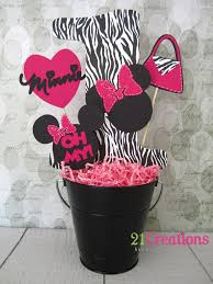 Centerpieces For Minnie Mouse Party by Minnie Mouse Birthday Party Idea Bucket Decorations Party