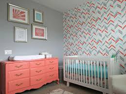 tapisserie chambre bébé 39 idées inspirations pour la décoration de la chambre bébé