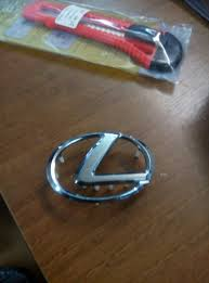 lexus emblem for steering wheel replacing the emblem on the steering wheel u2014 logbook lexus gx