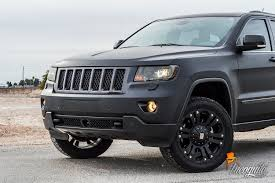 black and turquoise jeep jeep grand cherokee matte black with chrome delete incognito wraps