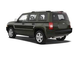 dark gray jeep patriot 2009 jeep patriot reviews and rating motor trend