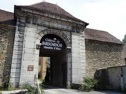 chambre d hote monestier de clermont photo à monestier de clermont 38650 l entrée du château