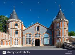 siege de style marne reims l architecture de style tudor au siège de