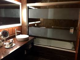 golden nugget las vegas casino and hotel review golden nugget las vegas bathroom
