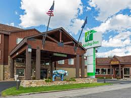 yellowstone national park thanksgiving holiday inn west yellowstone hotel by ihg