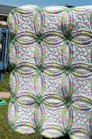 Double Wedding Ring Quilt by Double Wedding Ring Quilt Quilts I Want To Make Pinterest