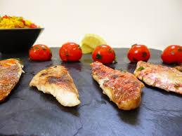cuisiner rouget filets de rouget à la plancha la recette facile par toqués 2 cuisine