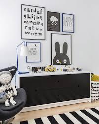 cadre chambre enfant chambre enfant en noir et blanc 25 idées à copier