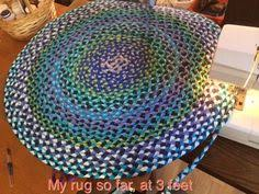 How To Make Handmade Rugs How To Make A No Sew Round Braided Rug With T Shirts Braided Rug