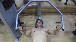 how to do machine flat bench press chest press workout video blog