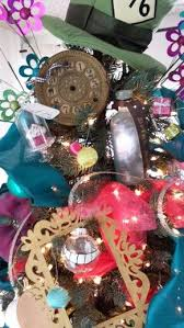34 best christmas tree mad hatter images on pinterest alice in
