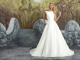 pre owned wedding dresses 9 ways of getting cheap wedding dresses the best wedding dresses