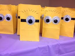minion gift bags best 25 minion gifts ideas on minion painting