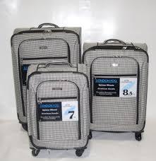 New London Fog Sheffield 3pc Ultra Light Luggage Set Expandable