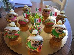 our quest for photos of cactus cakes and cupcakes pocho
