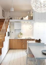 cuisine sur parquet déco la cuisine dit oui au parquet blanc