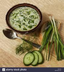 bulgarische küche traditionelle bulgarische küche tarator gurken dill joghurt