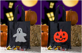 halloween bags to make duck tape diy trick or treat bag two ways mod podge rocks