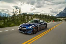 nissan skyline 2015 black epic drives takes a 2015 nissan gt r to the canadian rockies