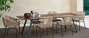 Contemporary Italian Dining Table Italian Designer Tables And Lounge Chairs Momentoitalia Com