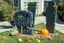 how to diy halloween tombstones home u0026 family hallmark channel