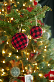 how to trim your tree in trendy style toronto star