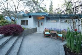 waterfront home on lake washington kirkland houses for rent in