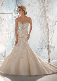 wedding dress mermaid your best wedding dress experts tips on shape and style