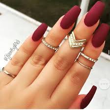 maroon nail polish with matte top coat i like the long length