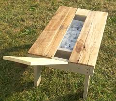 Patio Furniture With Pallets by Re Purposed Pallet Secret Beer Cooler U0026 Outdoor Coffee Table 101
