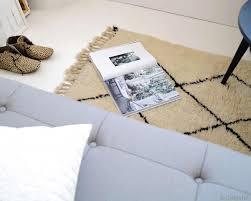 canap confortables tapis beni ouarain du maroc tapis berbère de l atlas avec motif