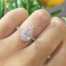 pear shaped gold engagement rings best 25 diamonds ideas on ring