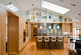 plafond suspendu cuisine aménager une pièce avec un haut plafond design
