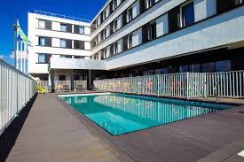 Glaciere Carrefour by Holiday Inn Express Dijon France Booking Com