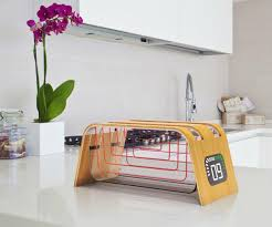 Glen Toaster A Bamboo Toaster With A Glass Window So You Can Watch Your Toast