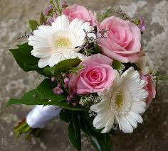 Wedding Flowers Budget 61 Best Petite Bouquets Images On Pinterest Flowers Marriage