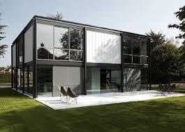 Bauhaus Home | bauhaus style house renovation by arjaan de feyter plastolux